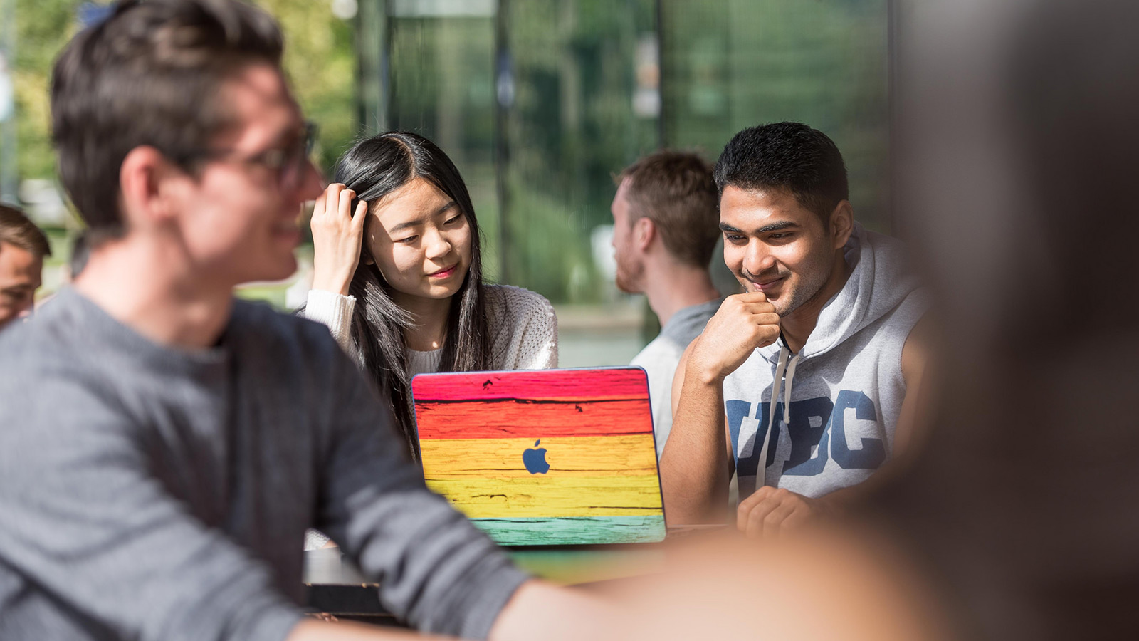 International students: Ask your questions in an online info session